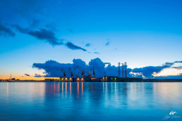 clouds-behinde-giants-uljanik-shipyard-istra-pula