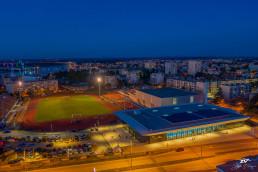 gradski-bazeni-pula-stadion-uljanik-dizalice-noć